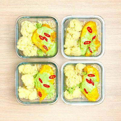 Kurczak curry z kalafiorem i ryżem